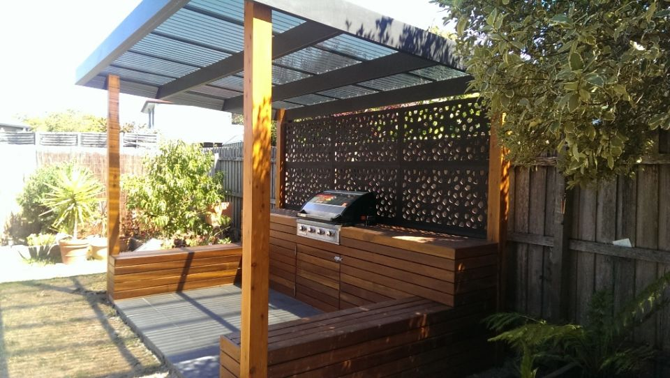 Outdoor bbq entertaining area landscaping services for Small outdoor patio areas